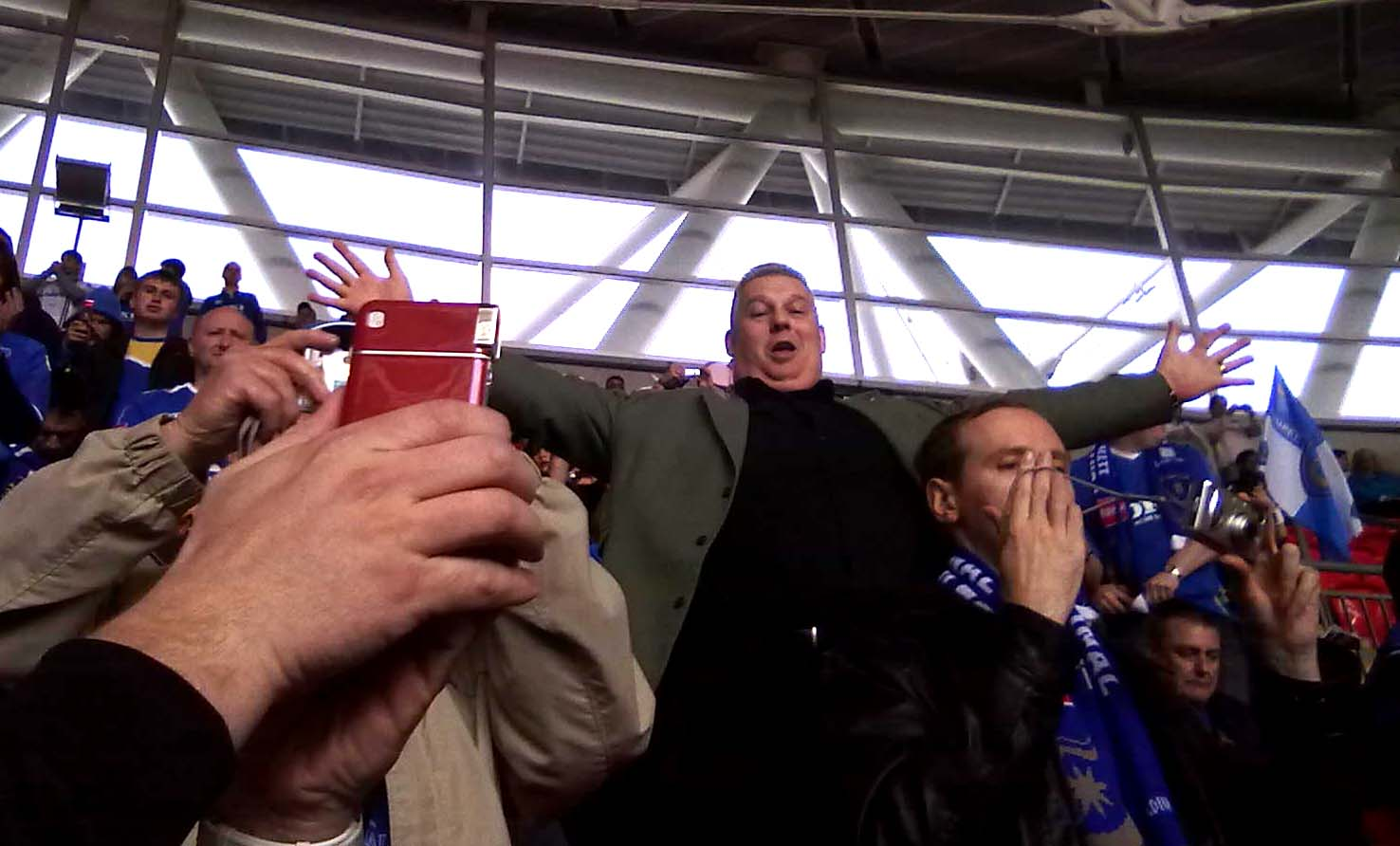 Ian Noble, The Pompey fan, Wembley Stadium 2010, F.A. Cup Semi Final.